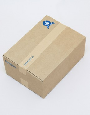 Braune-Box-Verpackung-Verklebt